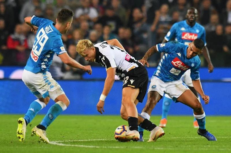 Soi kèo Napoli vs Udinese, 1h45 ngày 12/5 - Serie A