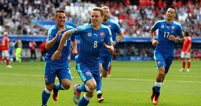 Soi kèo Slovakia vs Nga, 01h45 ngày 31/03 – Vòng loại World Cup 2022